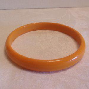 Vintage Orange Plastic Bangle bracelet
